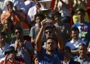 Portugal Open: Stanislas Wawrinka defeats David Ferrer to win title