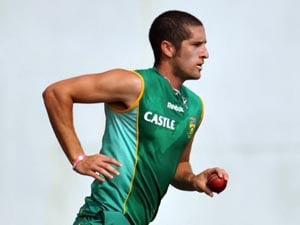 South Africa's Wayne Parnell converts to Islam