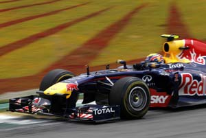 Webber wins Brazilian GP ahead of Vettel