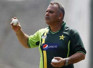 Dav Whatmore keen to end Pakistan stint with a win