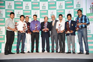 MS Dhoni, Unmukt Chand bag top honours at Cricket Awards