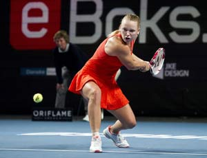 Wozniacki beats Cornet to reach semifinals at Copenhagen