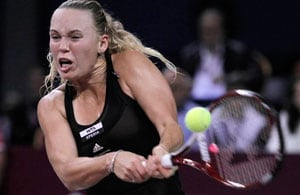 Caroline Wozniacki to face Nadia Petrova in Sofia final