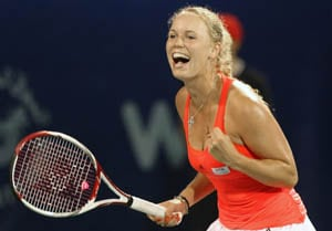 Wozniacki advances to round 3 of Madrid Masters