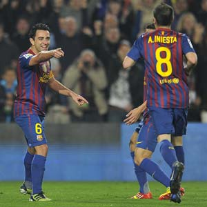 Alba, Xavi and Vilanova to travel to Paris