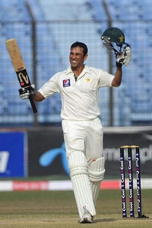 1st Test: Younis Khan leads Pakistan fightback on Day 3