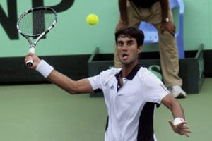 Yuki Bhambri beats Somdev Devvarman to storm into ATP Challenger final