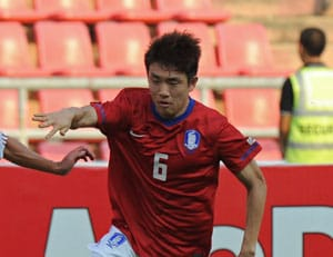 South Korean defender Yun Suk-Young to join QPR