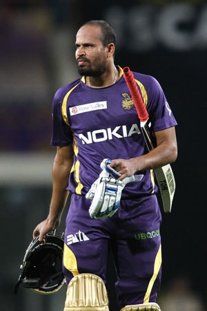 Yusuf Pathan becomes the first IPL batsman to be given out obstructing the field