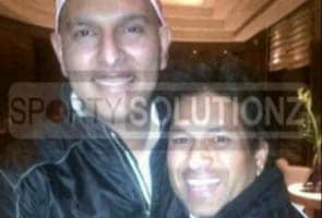 Sachin Tendulkar meets Yuvraj Singh in London