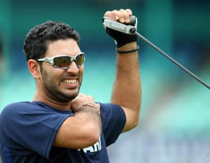 Yuvraj denies running away after crossing paths with Kim Sharma
