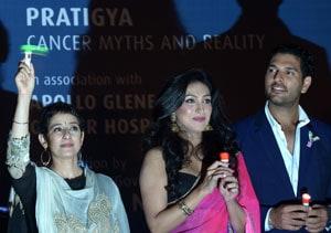 Yuvraj Singh, Manisha Koirala bat for cancer awareness in Kolkata