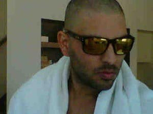 Yuvraj Singh posts 'hair gone' picture on Twitter