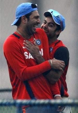 IPL 7: Virat Kohli wants Yuvraj Singh to play for RCB, says report