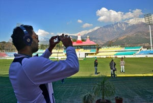 Sun warms up Dharamsala ahead of India-England ODI