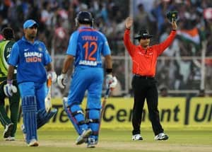 2nd T20: India beat Pakistan by 11 runs as Yuvraj Singh hits 72 and takes a wicket