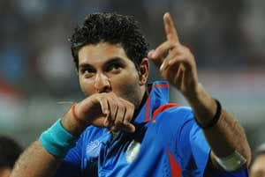 Yuvraj Singh celebrates birthday on 12-12-12 in a special way